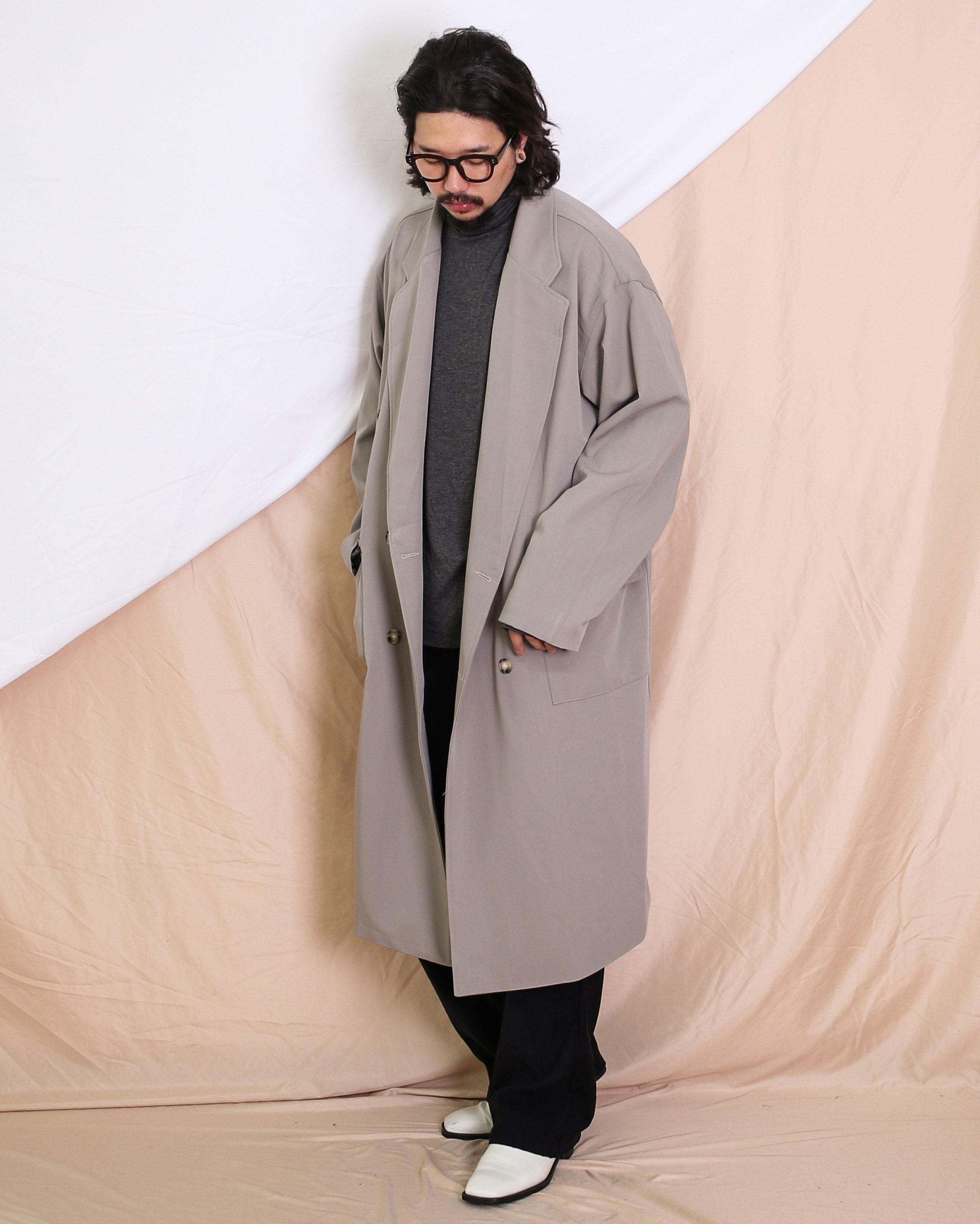 Over Flow Double Long Coat (Black/Beige)